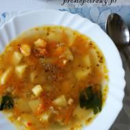 Zupa z cieciorką i grochem łupanym