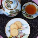 Delikatne ciasteczka do herbaty z kokosem i limonką