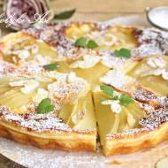 Francuska tarta z serem i gruszkami