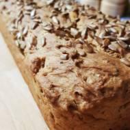 Szybki chrupiący domowy chleb