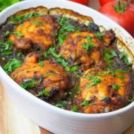 Kurczak pieczony po zbójnicku (na kapuście z grzybami i śliwkami)