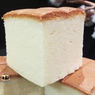 Ciasto biszkoptowe z mlekiem skondensowanym