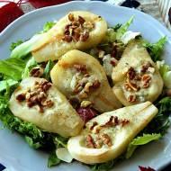 Gruszki zapiekane z serem pleśniowym i orzechami