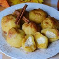 Dyniowe knedle z serem i pachnącym cynamonem