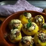 Ziemniaki pieczone z wędzoną makrelą