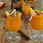 Smoothie dynia z ananasem i mango