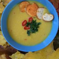 Wegetariańska zupa kukurydziana z mleczkiem kokosowym