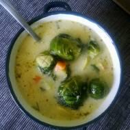 Zupa brukselkowa z ziemniakami