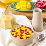 Budyń jaglany z mango, bananem i granatem