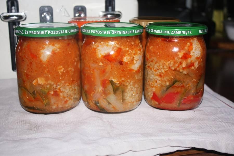 Roladki schabowe w sosie z kaszą , obiad ze słoika