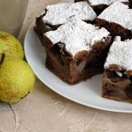 Ciasto z gruszką i kawałkami czekolady