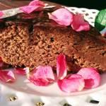 Ciasto czekoladowo-różane