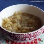 Gotowana kiszona kapusta ze skwarkami