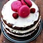Tort czekoladowy z deikatnym mascarpone i malinami