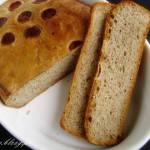 Jesienny chleb na zakwasie z melasą
