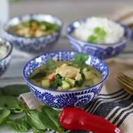 Zielone curry z kurczakiem i cukinią