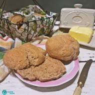 Pełnoziarniste bułki z mąki z płaskurki
