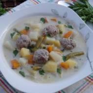 Zupa jarzynowa z pulpetami