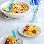 Zapiekanka makaronowa na słodko z twarożkiem i owocami
