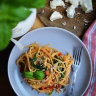 Proste spaghetti ze szpinakiem, papryką i kremową gorgonzolą