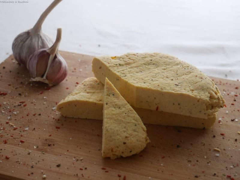 Aromatyczny domowy ser