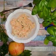 Surówka obiadowa z marchewki – prosty przepis