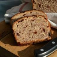 Razowy chleb orkiszowy z zurawina i orzechami