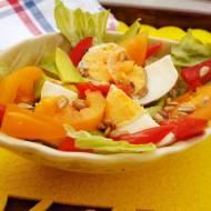 Sałatka z awokado, jajkiem i słonecznikiem