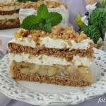 Tort orzechowo jabłkowy