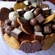 Bardzo czekoladowy tort urodzinowy