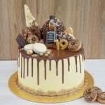 Tort orzechowo – kokosowy z frużeliną malinową