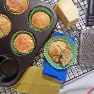 Wytrawne muffinki z chedarem i zielonym pieprzem