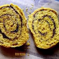Dyniowe rollsy cynamonowo-czekoladowe