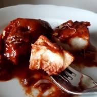 Ryba pieczona w pomidorach, idealna na święta