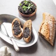 Pasta z czarnych oliwek – tapenada