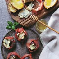 Figi w prosciutto zapiekane z niebieskim serem