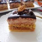 Kruche ciasto z jabłkami i orzechowym kremem (Quadrotti di mele con crema di noci)