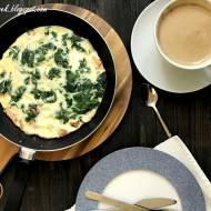 Omlet z łososiem i szpinakiem