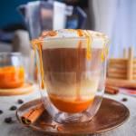 Dyniowa latte macchiato (pumpkin spice latte)