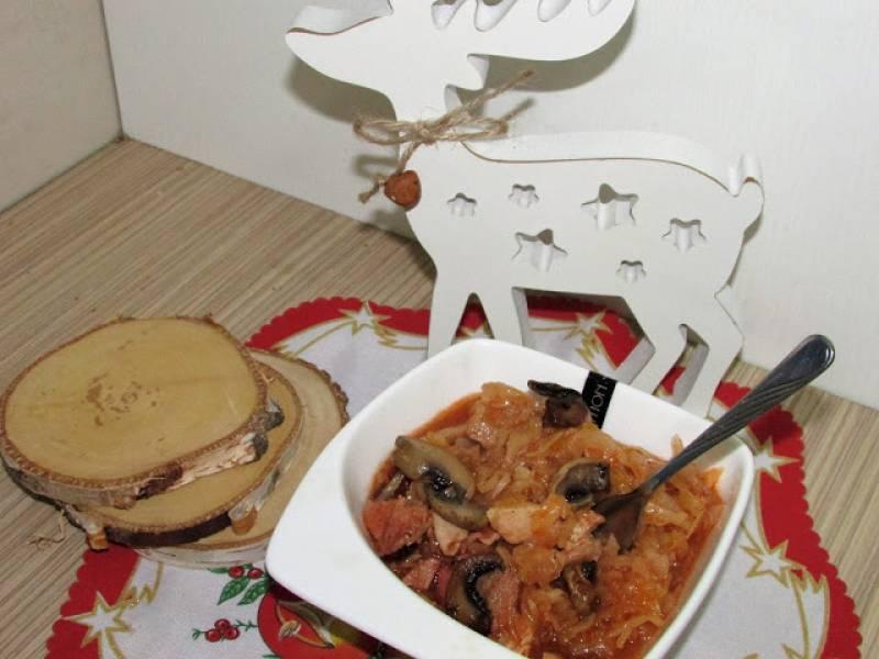Kociołek z kapustą i mięsem
