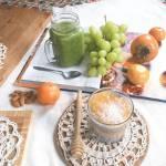 Deser z nasionami chia z persymoną.