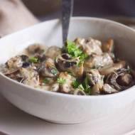 Grzyby w sosie śmietanowo-serowym / Mushrooms with creamy cheese sauce