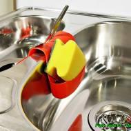 Jak zrobić płyn do mycia naczyń z naturalnych składników.