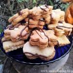 Ciasteczka orzechowe z kremem maślanym