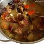 Wspomnienia leśnych wędrówek, zupa grzybowa z suszonych borowików