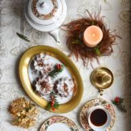 Babki piernikowe z jabłkami i orzechami włoskimi – przepis świąteczny