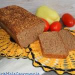 Chleb orkiszowy na zakwasie pszennym ze złotym lnem