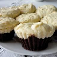 Bezglutenowe muffinki sernikobrownie
