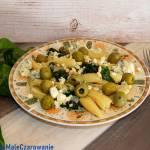 Castellane ze szpinakiem, serem i pestkami pini