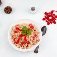 Sałatka ryżowa z tuńczykiem i papryką